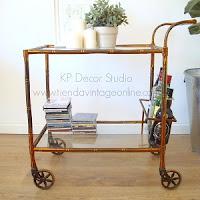 Tienda de carritos y mesas vintage minibar con ruedas falso bambú