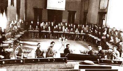 Simultáneas de ajedrez de Àngel Ribera en el Casal, 6 de julio de 1930