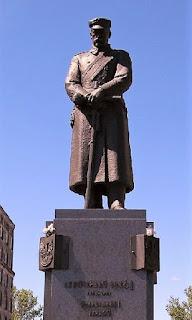 Pomnik Józefa Piłsudskiego Warszawa pl. Piłsudskiego