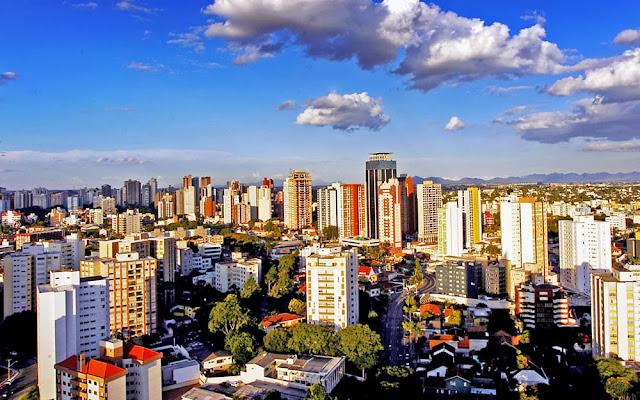 1- Curitiba (PR): 1.900.000