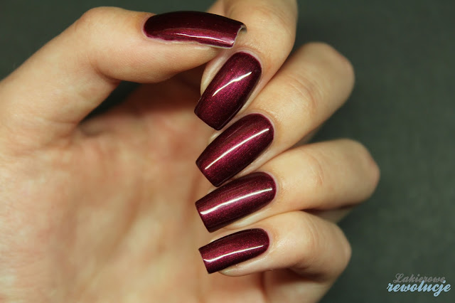 Victoria Vynn Gel Polish - 029 Chic Wine