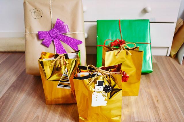 prezentownik świąteczny, prezenty last minute,  pomysł na prezent, PREZENTOWNIK POMYSŁ NA PREZENT LAST MINUTE pomysł na prezent świąteczny, pomysł na prezent boże narodzenie, pomysł na prezent, pomysł na prezent dla dziewczyny, pomysł na prezent blog,  co kupić na prezent,