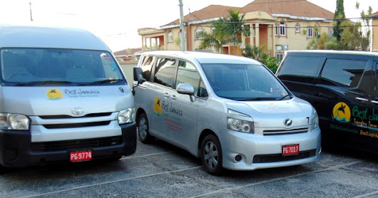 Private Montego Bay Airport Shuttle to Royal Decameron