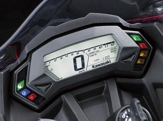Fitur Kawasaki Ninja 250 RR Mono
