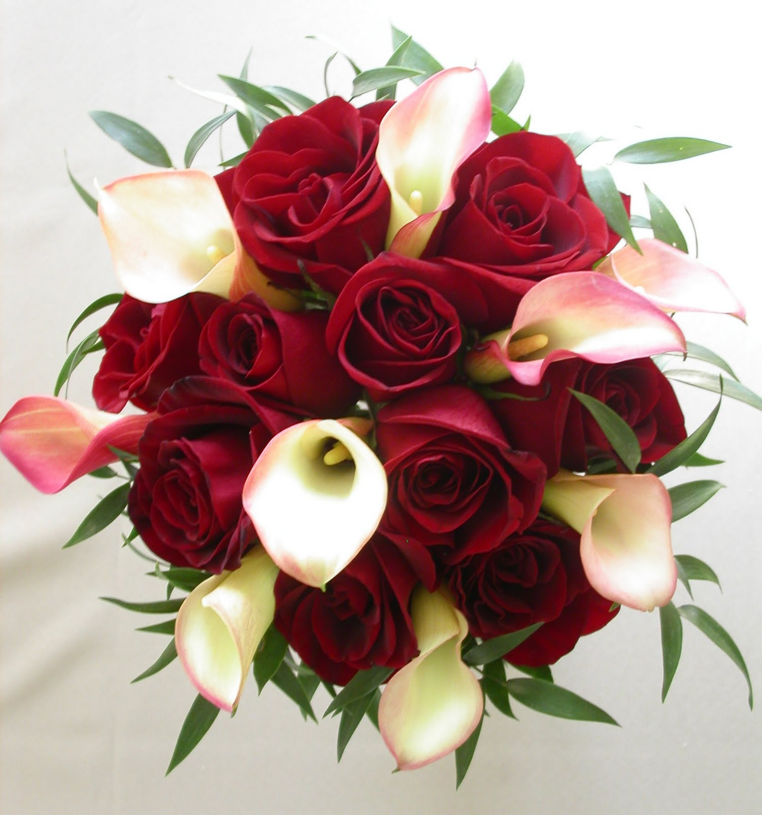 Red Wedding Flowers: Bouquet Bridal: Calla Lily And Roses