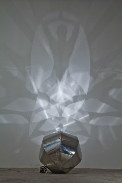 shadow art light by Fabrizio Coneli