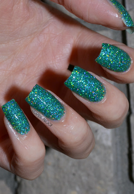 Beyond the Nail Mint Microglitter Swatch
