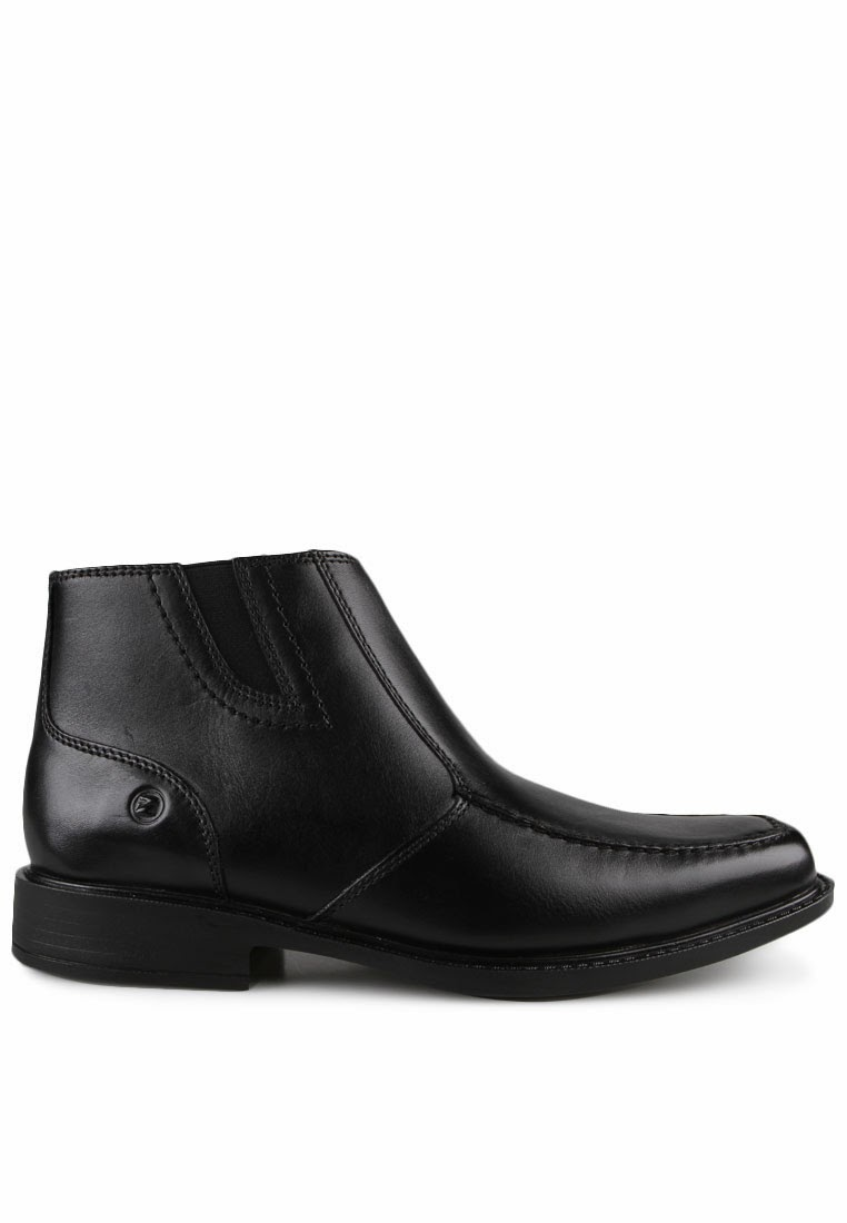 Padahal Pakalolo Boots adalah produk Indonesia! Sebuah merk sepatu yang  kualitasnya berani diadu dengan merk asing! fe34af2608