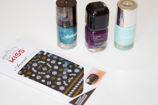 vernis-kiko-claires-stickers-kiss