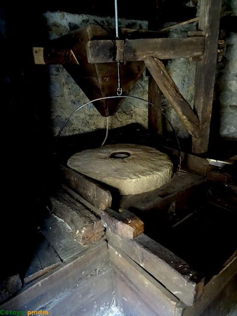 Interior de los Molinos de Dobres