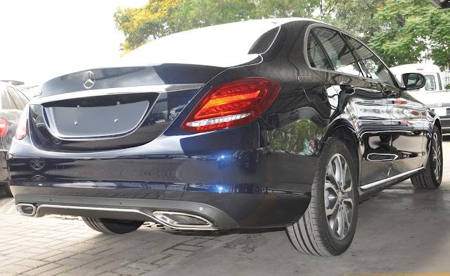 Mercedes C200 thiết kế  bắt mắt, vận hành mạnh mẽ