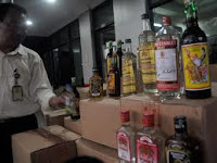 Bagaimana Hukumnya yang Bekerja di Pabrik atau Toko Miras?