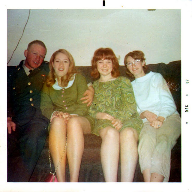 Candid Polaroid Snaps Of Happy Women In The 1960S -1675