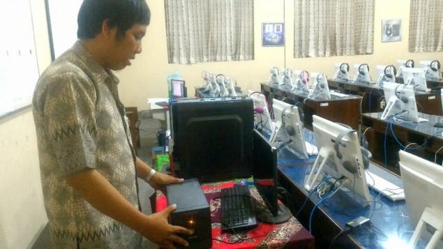 Menjelang UNBK, Sekolah di Yogya Kurang Perangkat Komputer Terpaksa Pinjam Laptop Siswa