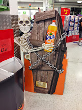 Mesh In-store Inspiration Fanta Halloween Spotted
