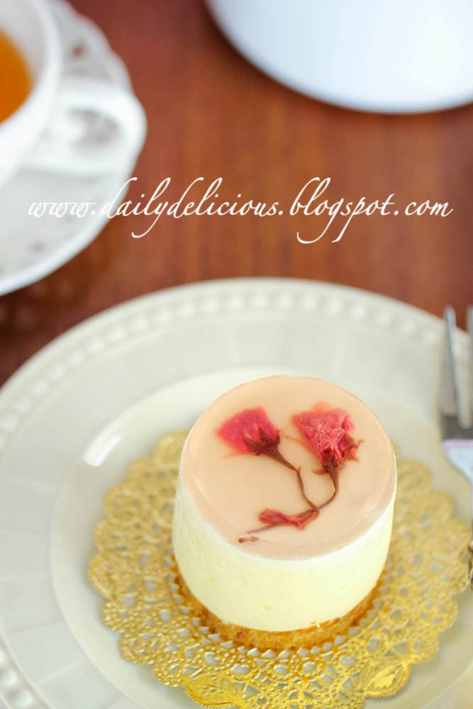 Dailydelicious Sakura White Chocolate Rare Cheesecake