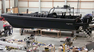 Roughneck M-10 buatan Ophardt Maritim