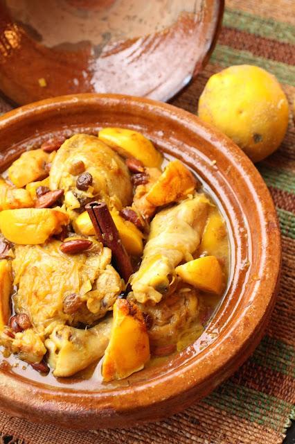 poulet en tajine coings et amandes