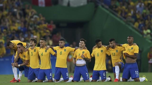 A seleção brasileira de futebol é campeã olímpica dos Jogos Rio 2016. O ouro  foi conquistado nos penalties 527f795ec9017