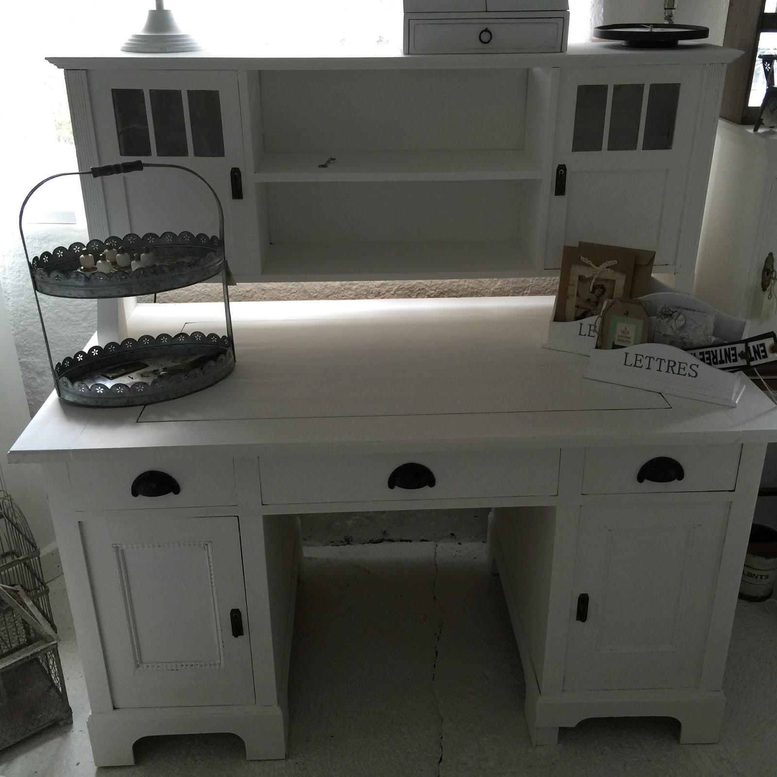 willy 39 s shabby chic schaffhausen schreibtisch mit aufsatz. Black Bedroom Furniture Sets. Home Design Ideas