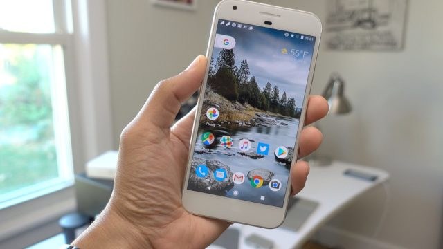 pixel-640x360 The Google Pixel dethroned the iPhone 7 during Black Friday Technology
