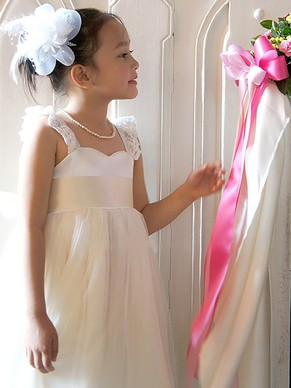 http://uk.millybridal.org/product/a-line-square-neckline-tulle-ankle-length-sashes-ribbons-flower-girl-dresses-ukm01031867-20872.html