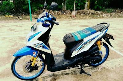 Foto Modifikasi Motor Beat Biru Putih