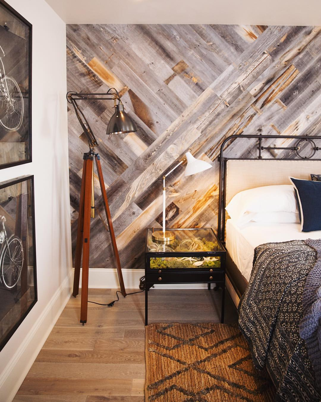 Diy stikwood wood plank statement wall in our bedroom - Interior design wood walls ...