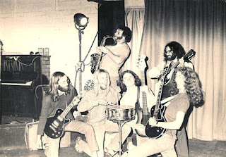 Mammal, 1972. Left to right Bill Lake, Mike Fullerton, Rick Bryant, Patrick Bleakley, Tony Backhouse, Robert Taylor