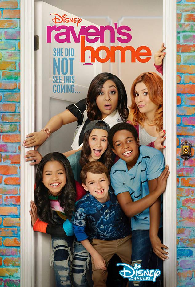Home Fires (season 1) - LoadTV