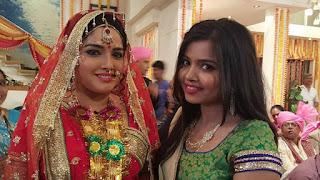 Amrapali dubey shoot aashiq aawara film.jpg