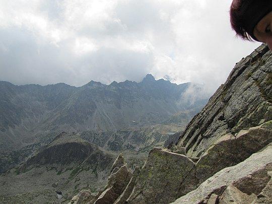 Górna część Doliny Staroleśnej, w której stoi Zbójnicka Chata