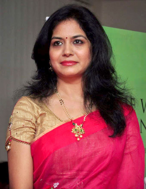 Sunitha Singer Profile Biography Biodata Family Photos