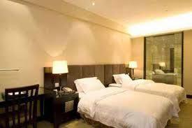Hotel De'qur