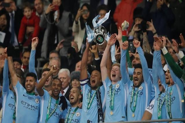 Manchester City meraih gelar pertama di bawah Pep Guardiola pada ajang Piala Liga Inggris