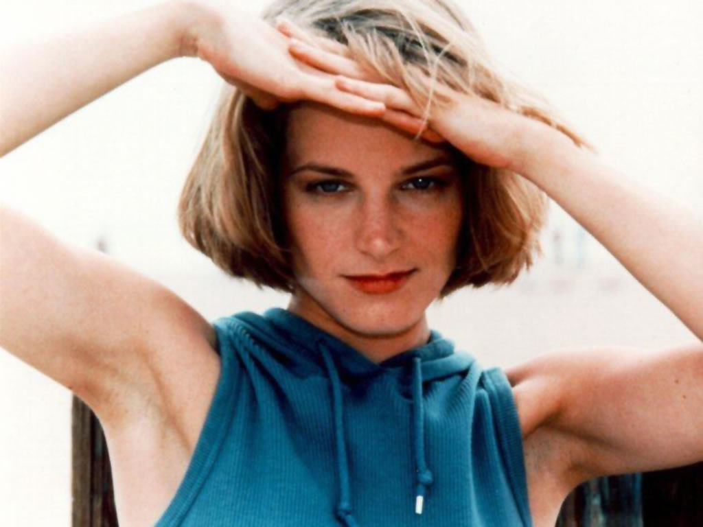 Hollywood Stars Bridget Fonda Profile And Pictures Wallpapers