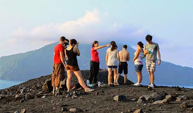 Gunung Krakatau Wisata di Banten