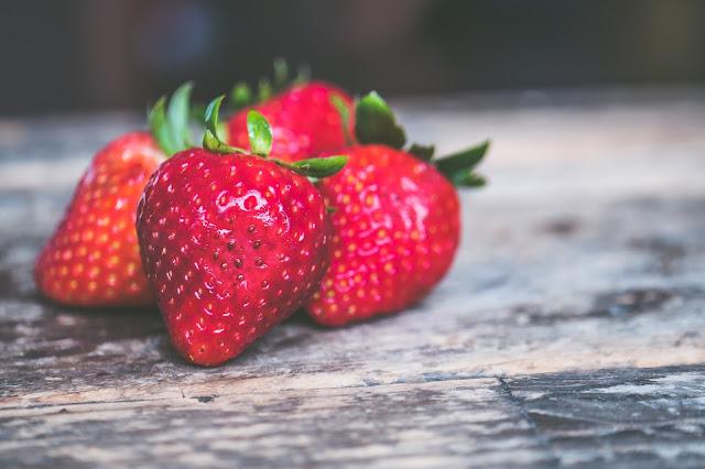 Manfaat Perawatan Dengan Strawberry