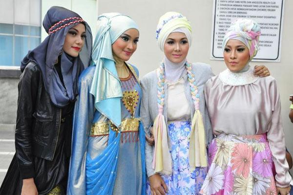 Fashion Hijab yang Harus Dimiliki oleh Para Hijabers
