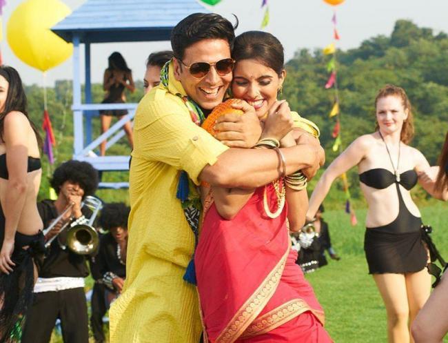 Ak Tha Khiladi Moovi Hindi: Movies Blog: Upcoming Hindi Movies In December 2012