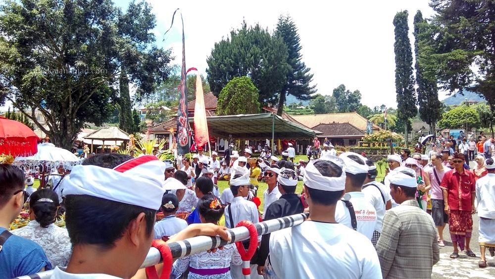 upacara numpak landep di Bali