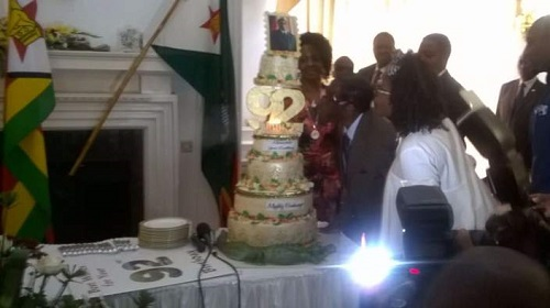 Mugabe Gets Huge Birthday Cake From Staff As He Clocks 92, Plans $1m Birthday Celebration (Photos)
