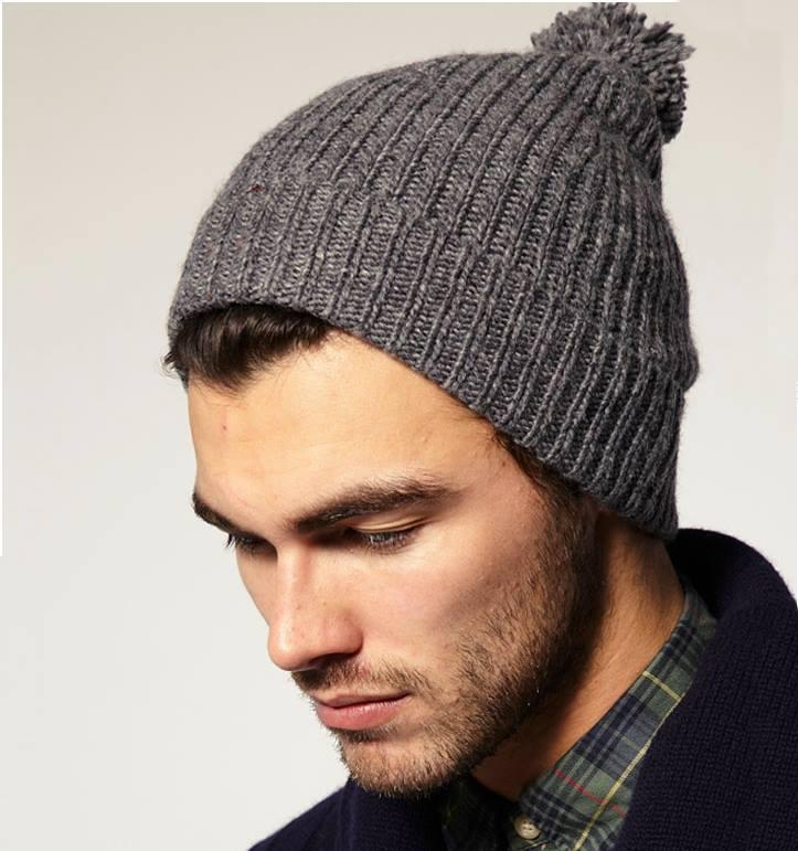 Tendencias de moda en ropa accesorios gorros tejidos jpg 723x771 Frio gorras  tejidas con 68daa31ad8f3