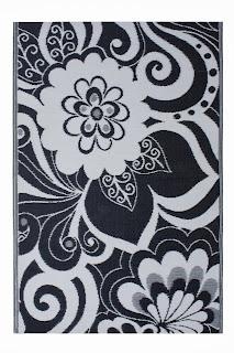 Maui - Black & Cream (4' x 6')