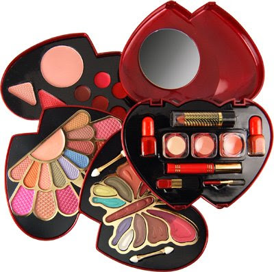 She Fashion Club Makeup Kits
