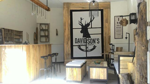 Desain Interior Mini Coffee Shop Yang Unik Dan Simpel