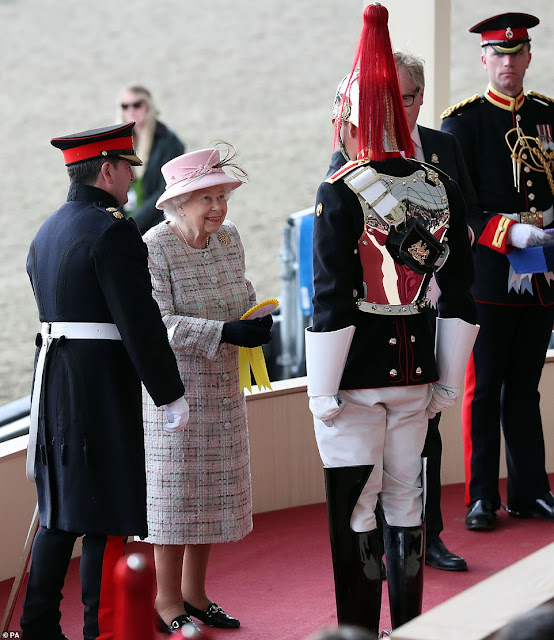 The Queen wraps up warm for fourth day of the Royal Windsor Horse Show
