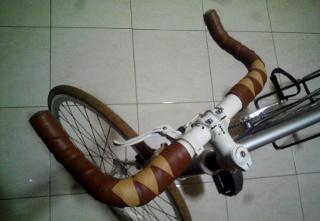 Do it yourself | Cara membuat bar tape pembungkus stang sepeda dengan biaya murah | Memasang bartape pelilit handlebar dengan pola harlequin pattern | Variasi lilitan stang sepeda fixie mirip belah ketupat