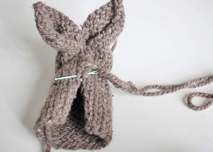 One Square Stuffed Bunny beginner knitting pattern