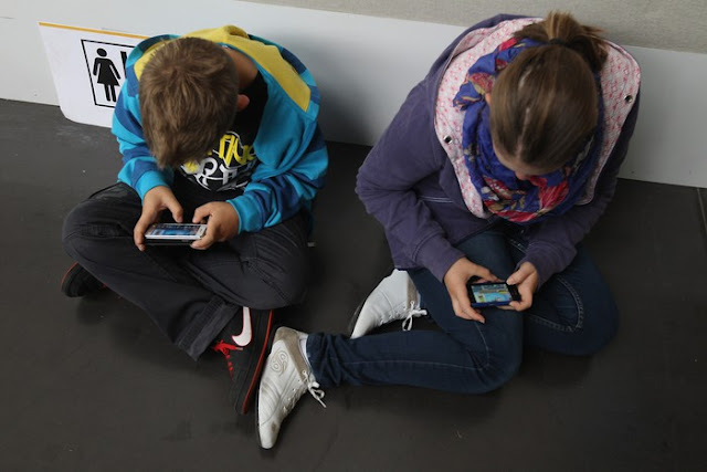 When Children Can be Introduced With Smartphone